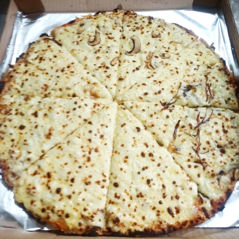 Queso con pizza